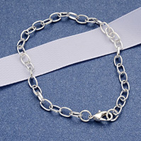 Iron Bracelet Making, with Lobster Claw Clasps, Silver Color Plated, 205mm; Clasp: 12x7x3mm; Link: 7x4.5x1mm